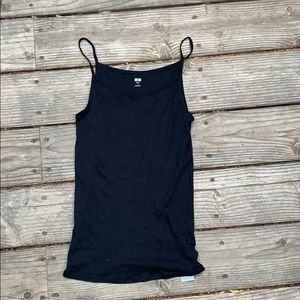 Uniqlo black tank top